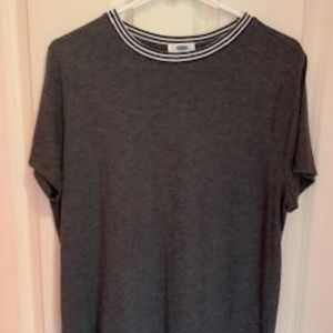 Charcoal colored black and white ringer tee